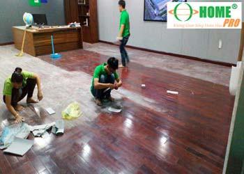 Bảng giá dịch vụ đánh bóng sàn gỗ-homepro