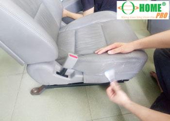 Bảng giá dịch vụ vệ sinh ghế da xe hơi (xe ô tô)