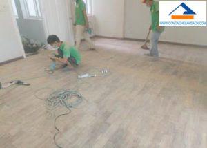 phục hồi đánh bóng sàn gỗ căm xe-công-nghệ-làm-sạch