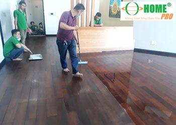 Dịch vụ đánh bóng sàn gỗ Căm xe-homepro